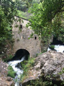 Hike at Moulins de la Foux and Navacelles visit